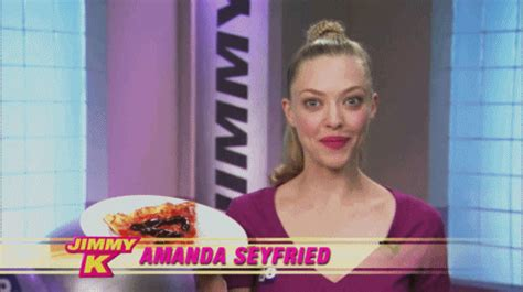 amanda seyfried rp icons here to help amanda seyfried gifs