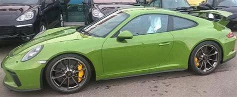 porsche 911 olive green olive green 2018 porsche 911 gt3 is the alternative