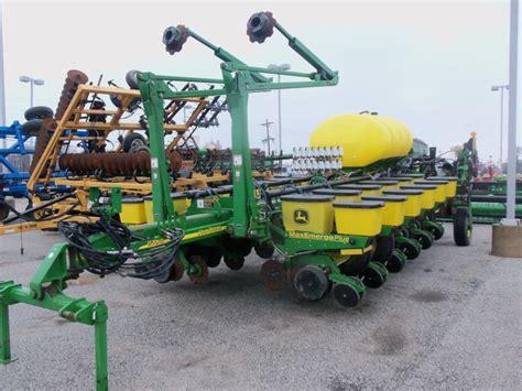 Deere 16 Row Planter by 16 Row Deere 1770nt Corn Planter Deere Equipment Pinte