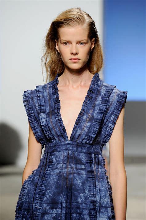 Dress Se 16 K Gd2704 Trends From New York Fashion Week 2016 Hgtv S