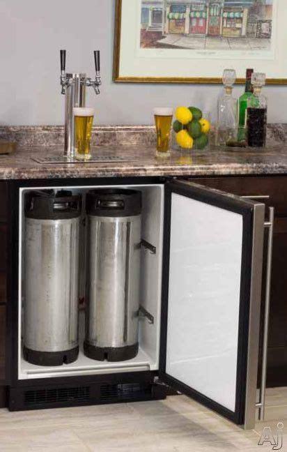 reddit basement living room keg tap best 25 built in bar ideas on basement kitchen brick veneer wall and bar basement