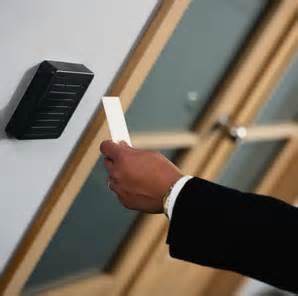 Mesin Absensi Akses Kontrol Pintu Solution A200 2 jual access door lock harga akses kontrol pintu