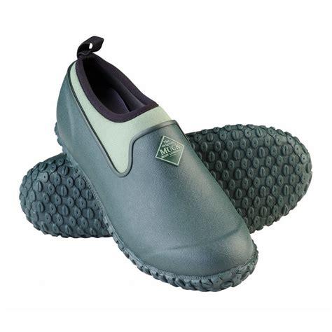 muck boots s muckster ii waterproof gardening shoe