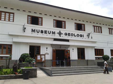 Tikar Lipat Bandung Kota Bandung Jawa Barat museum geologi bandung wisata sejarah bernilai edukatif