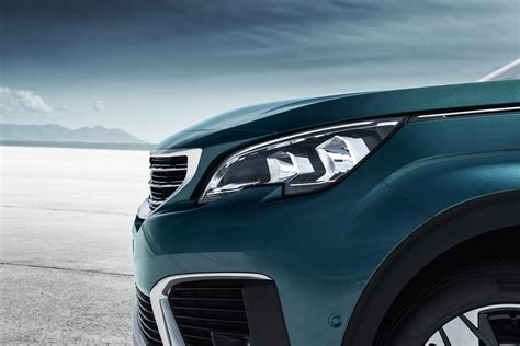 peugeot suv new suv peugeot 5008 photos and videos of the 7 seater