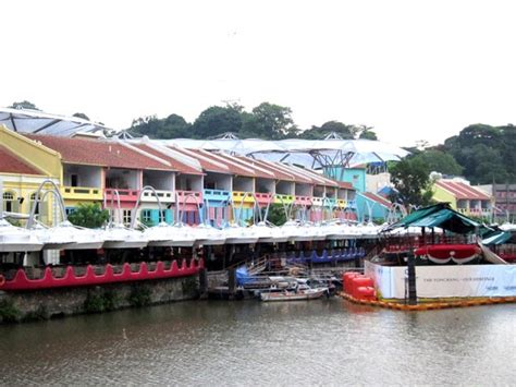 8 Places Guys Hang Out by Tesyasblog Clarke Quay The Best Place To Hang Out