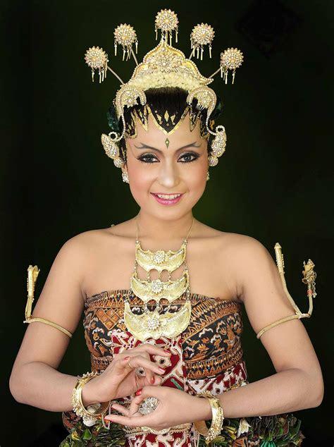 cara membuat alis pengantin jawa contoh corak tata rias dan rias wajah pengantin jawa