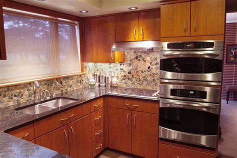 modern cherry kitchen cabinets modern cherry kitchen cabinets www imgkid the
