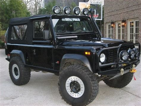 lifted land rover defender land rover defender lifted www pixshark com images