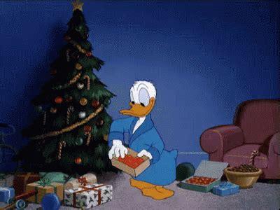 animated gif christmas tree gifs tenor