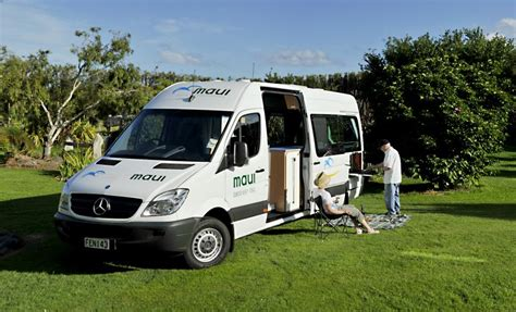 Outdoor Shower Screens - maui ultima 2 berth shower toilet 2 3 berth with shower toilet new zealand motorhomes
