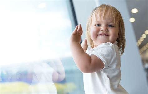 tips naik pesawat bersama bayi 6 tips mudik dengan bayi naik pesawat terbang reservasi