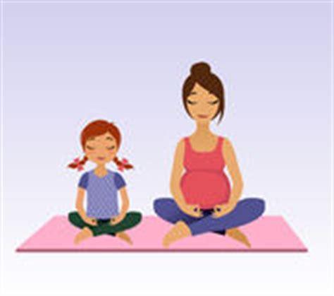 imagenes yoga niños conjunto de mujeres embarazadas fotos stock 77 conjunto