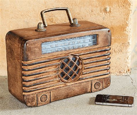 Cutlery Kitchen Knives by Radio Days Bluetooth Speaker The Green Head