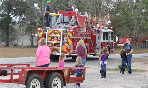 santa truck santa makes truck run through century with gallery