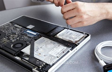 Harddisk Macbook Pro How To Replace Your Macbook Pro S Drive With An Ssd