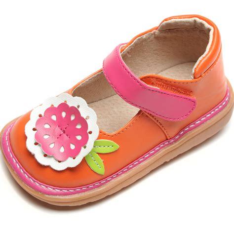 alligator brand squeaky shoes style guru fashion glitz