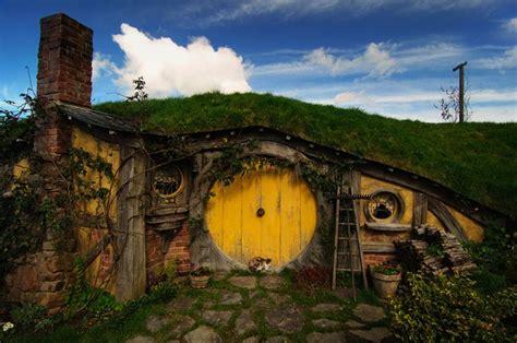 hobbit house new zealand hobbit holes pinterest hobbit hole new zealand wow pinterest