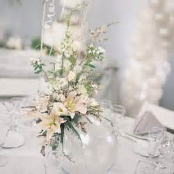Silver And White Christmas Table Centerpieces - 75 charming winter centerpieces digsdigs