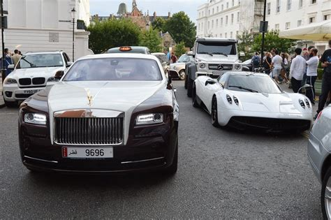 rolls royce outside supercars in knightsbridge mirror online