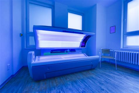 tanning tanning salons www imgkid the image kid has it