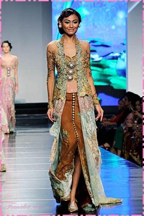 Baju Kebaya Modern By Ratu Budaya 11 kebaya modern dan model kebaya pengantin terbaru 2018