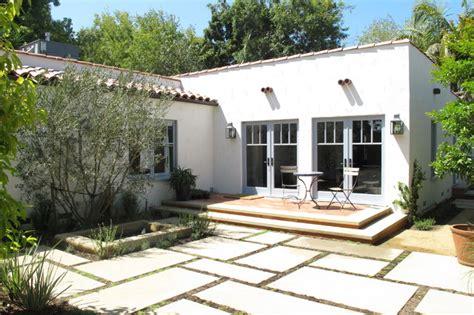 spanish courtyard designs spanish courtyard mediterranean exterior los angeles