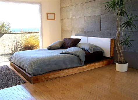 buy a new bed 5 steps to buying a new queen size bed frame stepsto