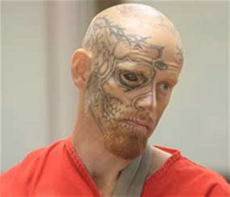 tattoo eyeballs prison man with eye tattoo shoots alaska officer at hotel