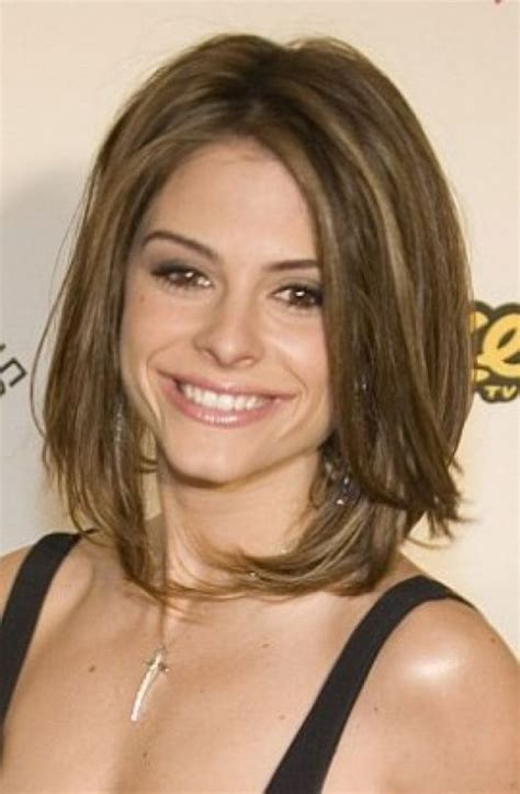 flattering 2015 hairstyles for women over 40 flattering 18 easy and flattering shaggy mid length hairstyles for