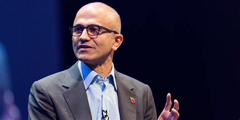 Uwf Mba Finish In Five by Microsoft Ceo Satya Nadella Flew To Chicago To Finish Mba