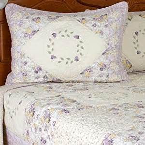 armoire quilt