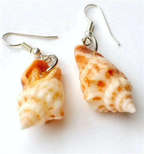 how to make jewelry with seashells how to make your own seashell jewelry 9 diy shellicious