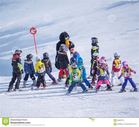 Ski School School ski instructors study skiers in children ski school