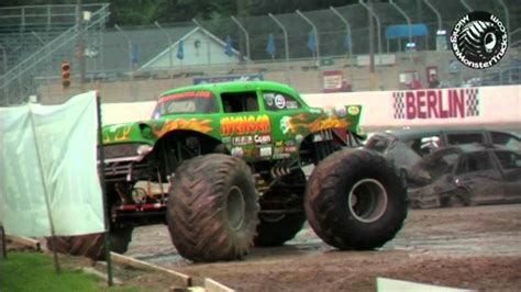 monster truck show michigan marne michigan monster truck show youtube
