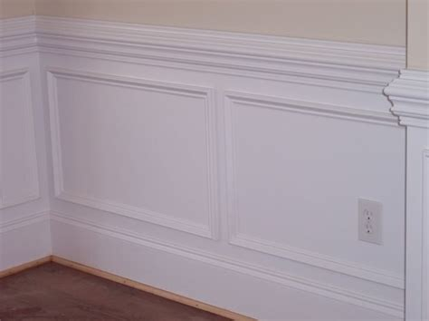 chair railing molding best 25 chair rail molding ideas on dining