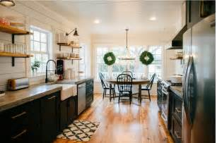 get the look fixer upper b amp b farmhouse kitchen house of hargrove