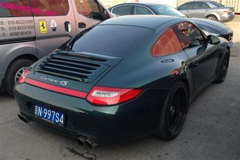 porsche 911 dark green green porsche 911 has a license in china carnewschina com