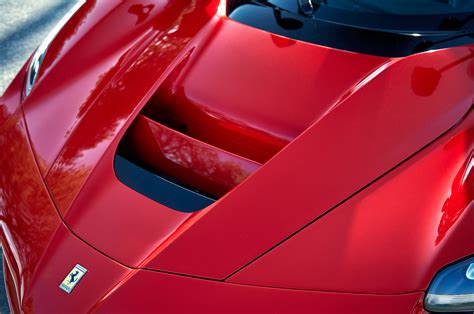 ferrari hood hybrid is the new fast ferrari laferrari vs mclaren p1