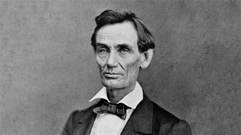 picture of abraham lincoln living with lincoln portraits of abraham lincoln s