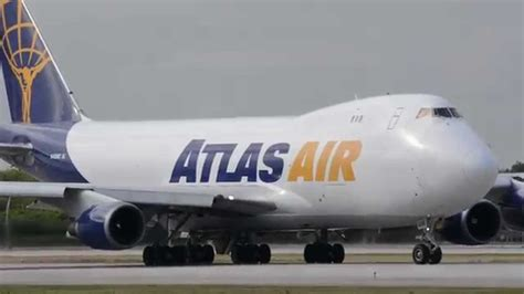 empty atlas air cargo 747 taking from miami interntional fl
