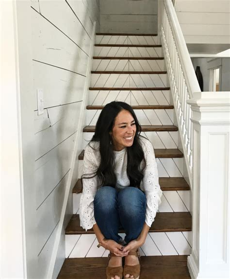 joanna gaines facebook chip and joanna gaines fixer upper season five