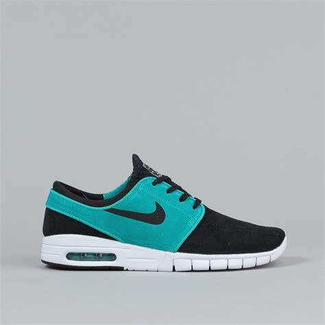 Nike Stefan Janosky nike sb stefan janoski max suede shoes black lt retro white flatspot