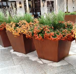 choosing a large outdoor planters front yard landscaping
