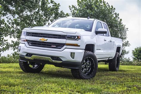 gmc lift kit bds suspension releases 2017 chevy gmc 1500 lift kits