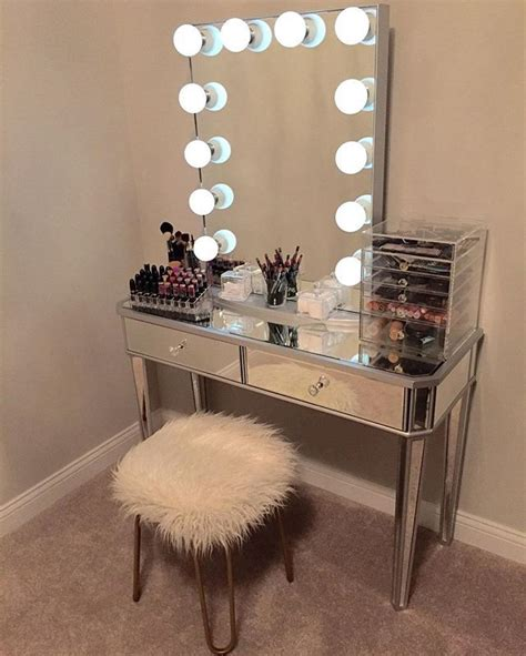 why vanity bedroom has to exist in your bedroom atzine com 3601 best home is where the heart is