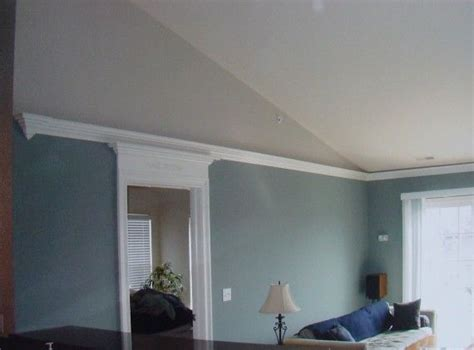 mould bedroom ceiling crown molding for vaulted ceilings flying crown molding