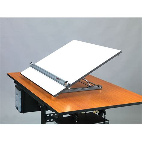 Table Top Drafting Board 17 Best Ideas About Portable Drafting Table On Pinterest