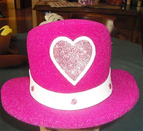 sombreros divertidos de mujer como hacerlos de goma eva gorros locos para fiestas