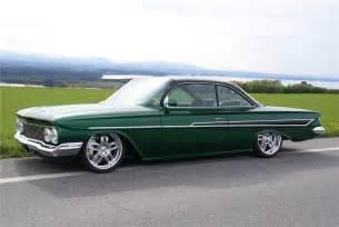 1961 chevrolet impala custom 2 door hardtop 96075